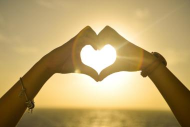 sunset-hands-love-woman-380x254